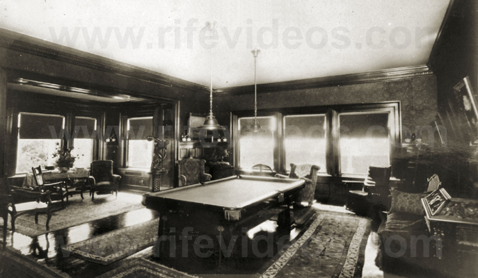 bridges_billiard_room