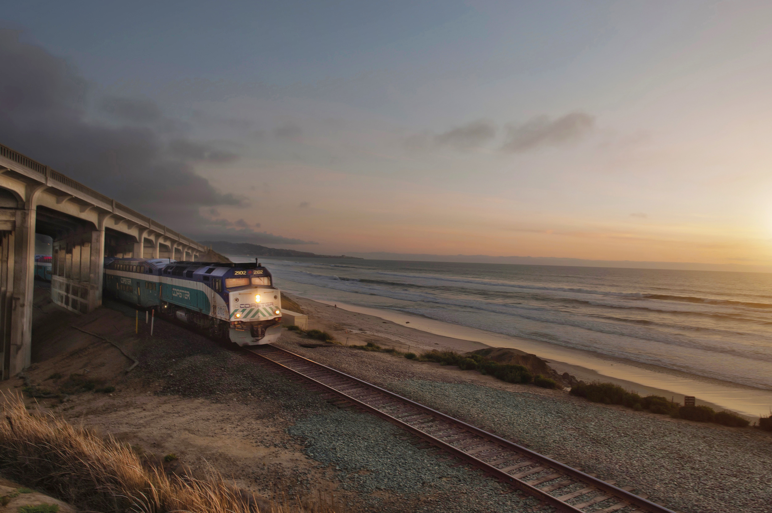 amtrak coaster la jolla